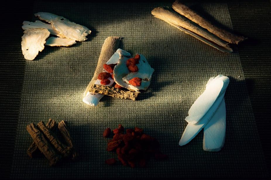 สมุนไพรจีนตุ๋นไก่  สูตรตังกุย